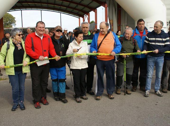 Quinientos senderistas de Asturias y Galicia