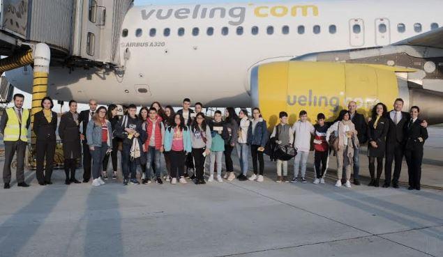 Volamos a Barcelona con Vueling. Bautismo de vuelo para 18 alumnos del IES Elisa y Luis Villamil