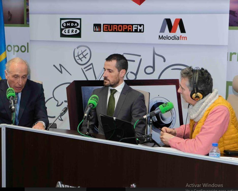 Onda Cero Radio emitió  en directo para toda Asturias desde Castropol